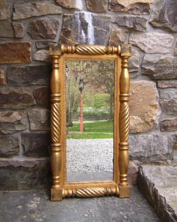 Image of American Federal gold leaf mirror c1820
