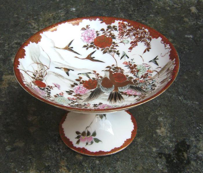 Kyoto Satsuma porcelain pedestal dish