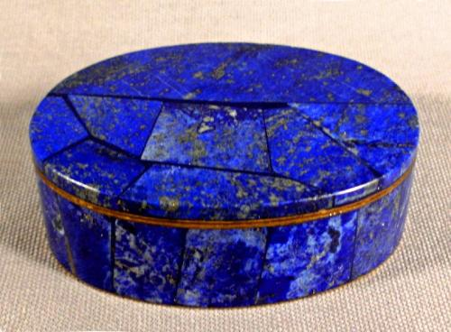 Lapis lazuli oval shape covered pillbox