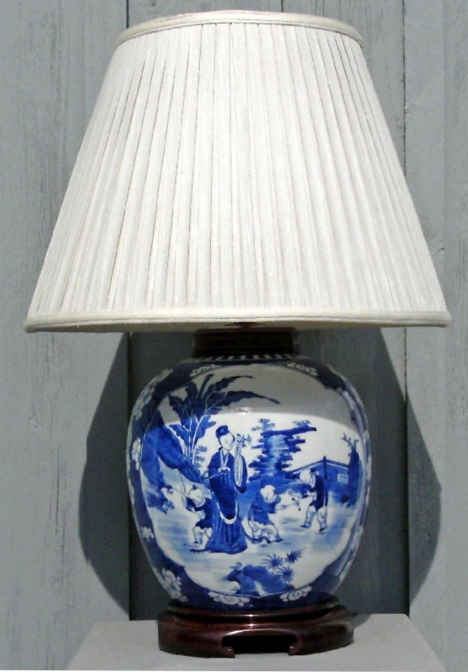 Canton blue and white ginger jar lamp with chinoiserie decoration