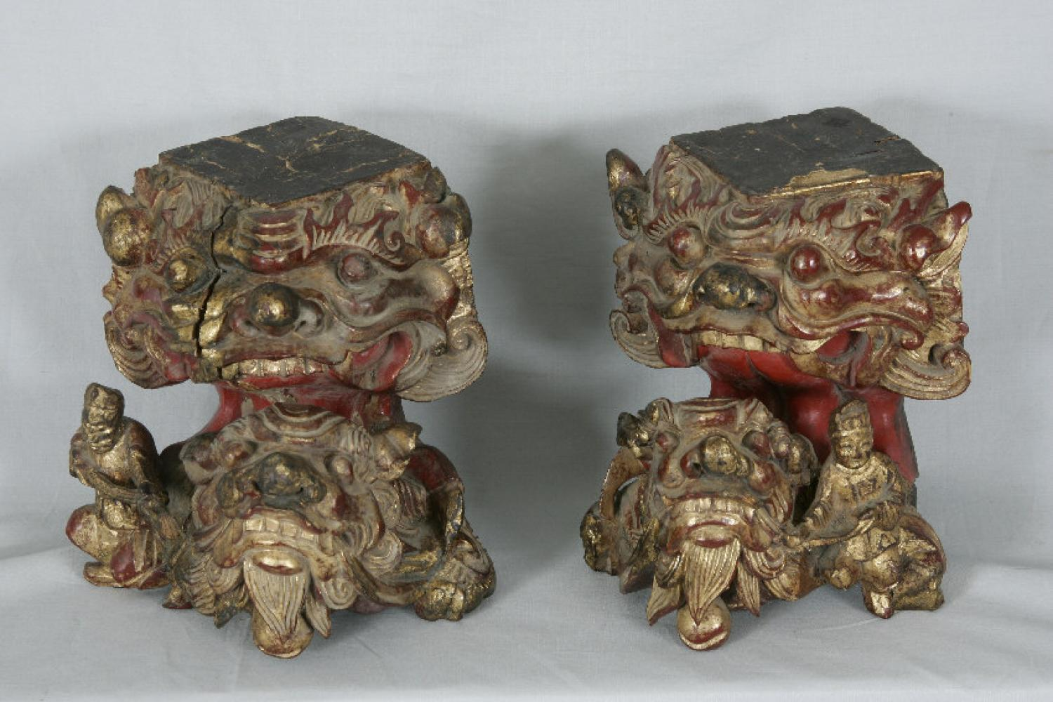 Chinese architectural wood carvings with figures and foo dogs c1800