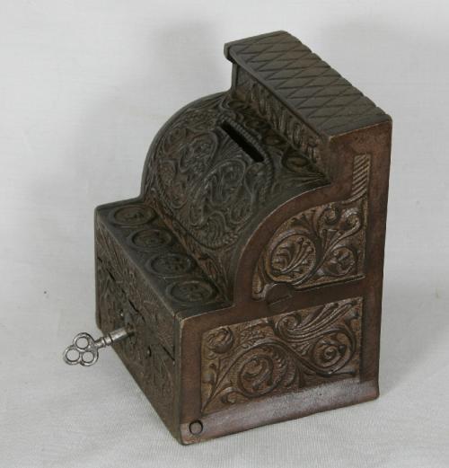 Toy cash register penny bank J E Stevens Company Cromwell CT