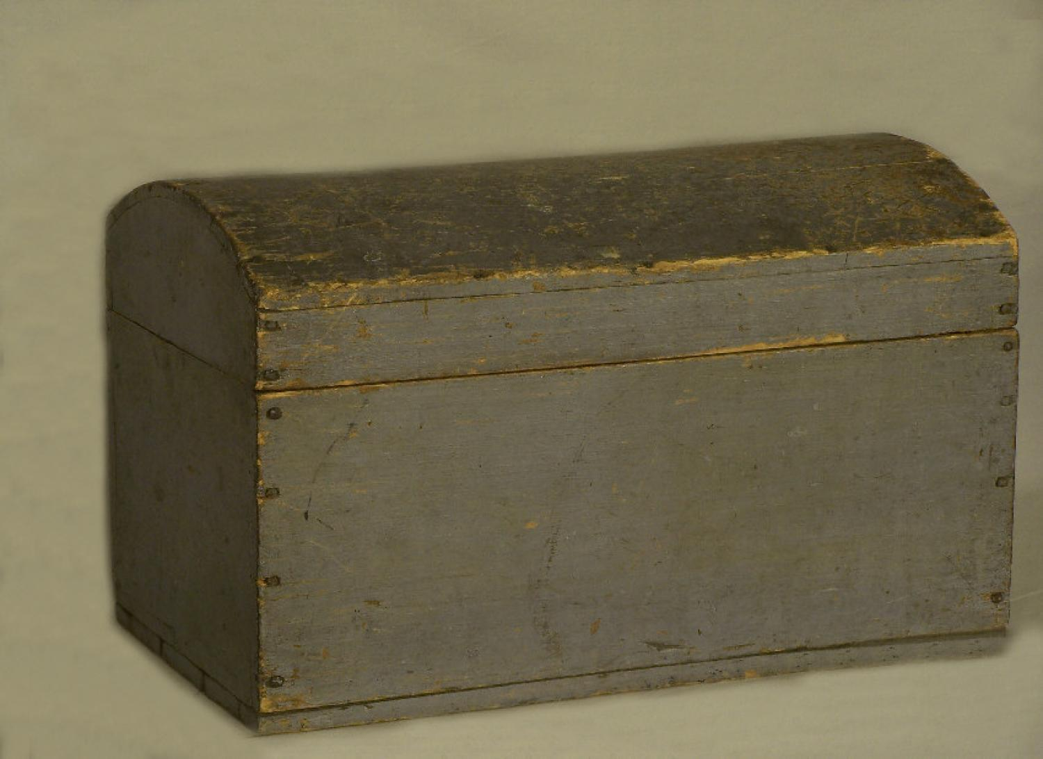 Early American country blue pine domed document box c 1800