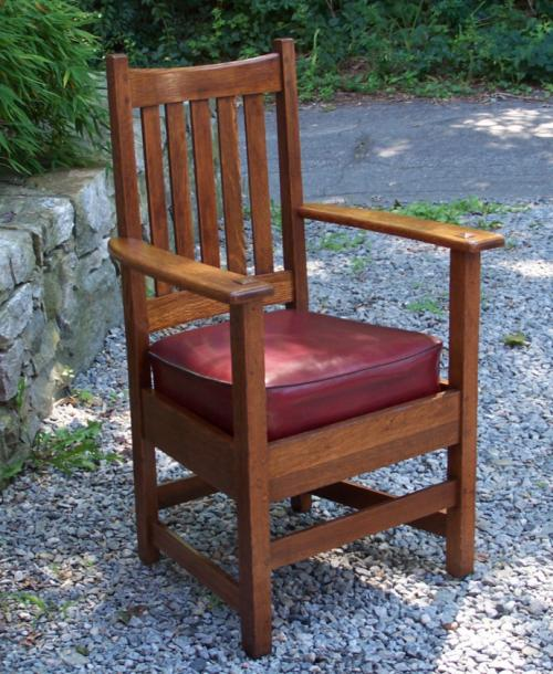Limbert American Arts Crafts oak arm desk chair c1900