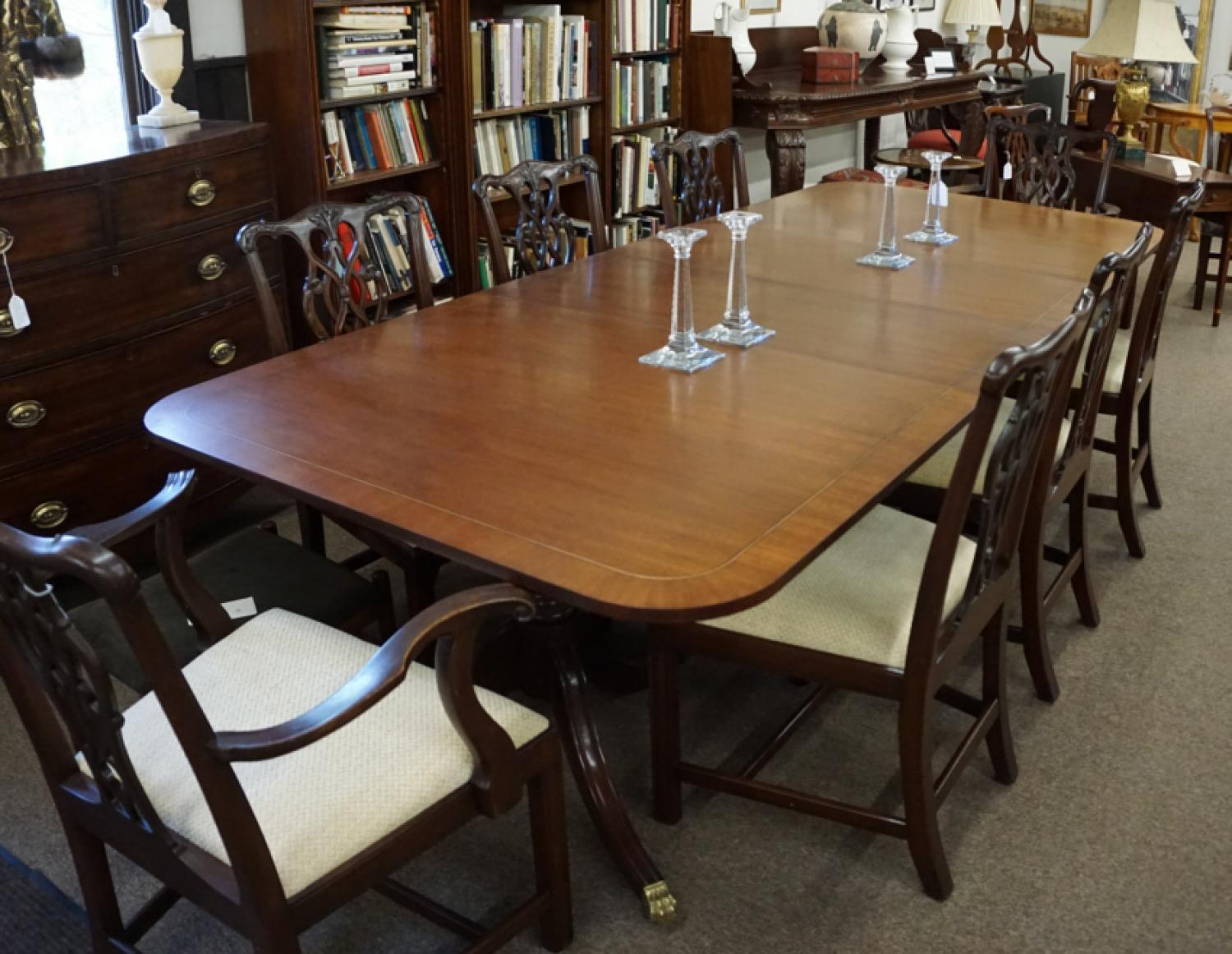 Vintage baker furniture mahogany dining room table with for 3 leaf dining room tables