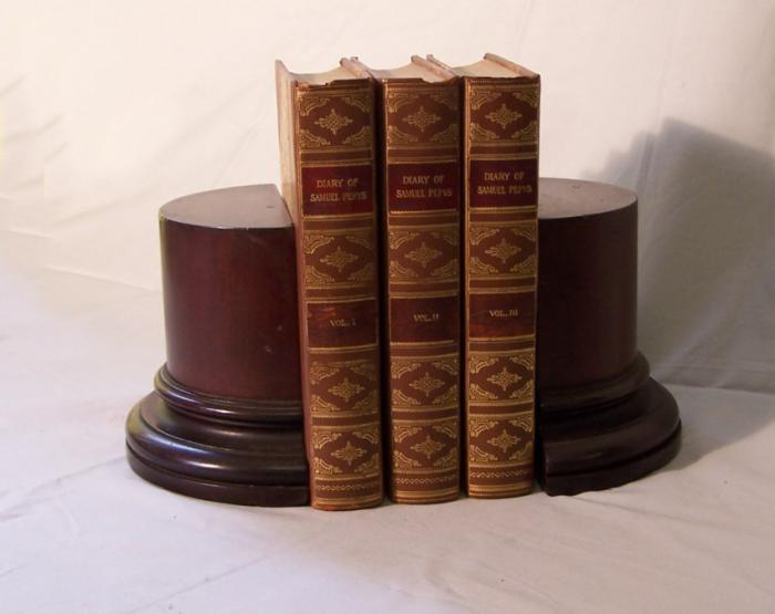 Mahogany pillar bookends c1900