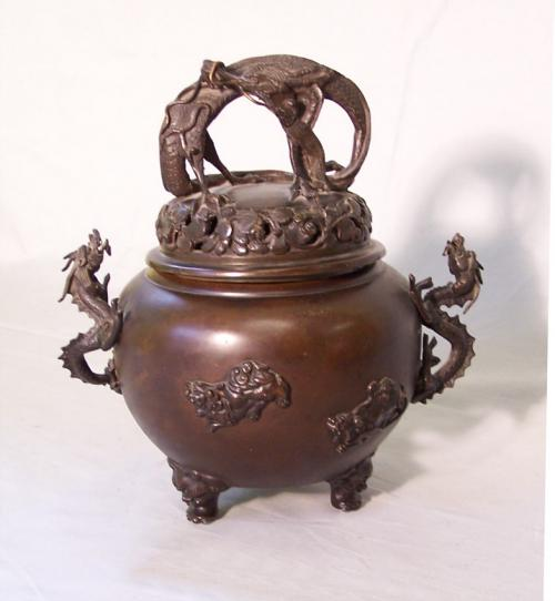 Japanese bronze incense burner with dragon and shishi c1900