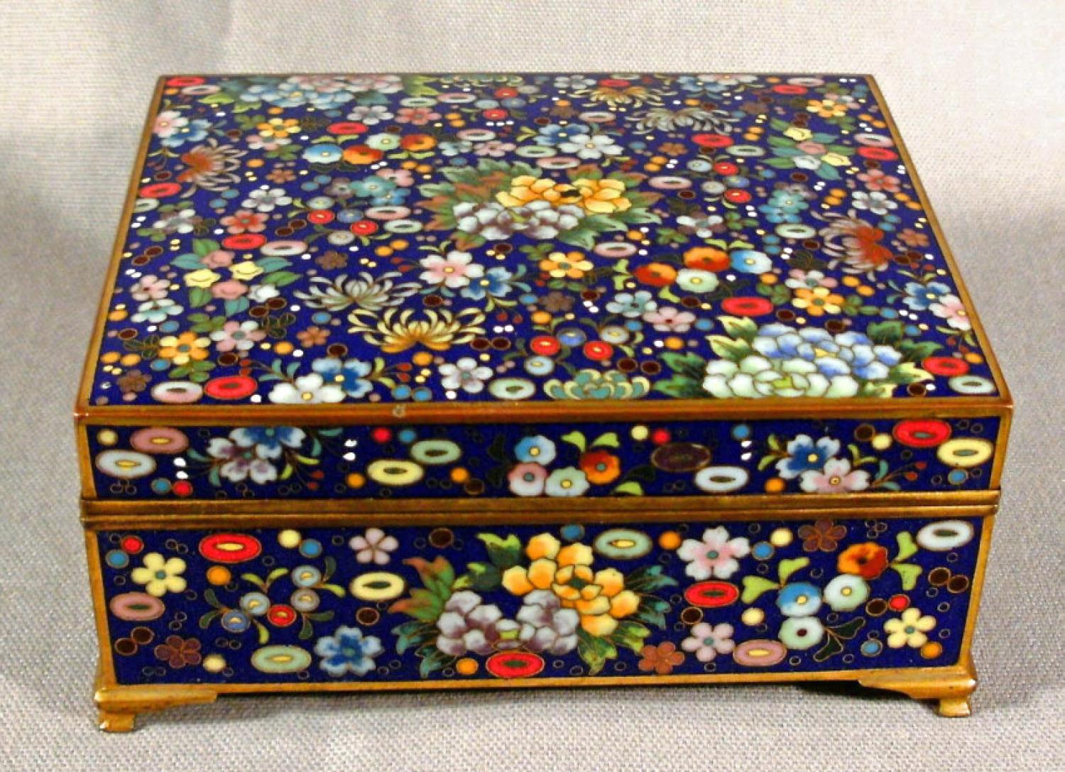 Japanese Inaba School cloisonne valuables box 1910