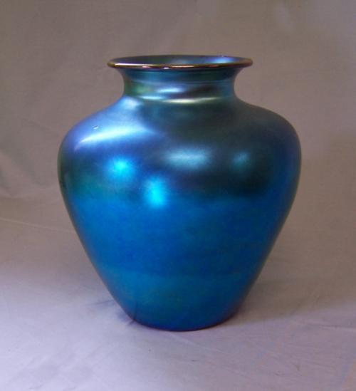 Steuben iridescent  blue Aurene vase signed c1910