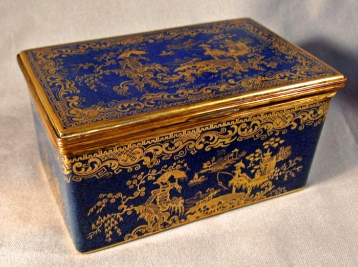 Copeland Spode Chinese chinoiserie porcelain box