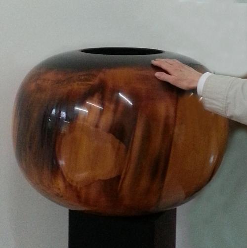 Edward Moulthrop large tulip wood bowl