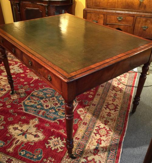Antique English Regency flat top writing desk with leather top c1830