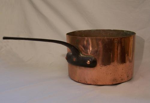 Heavy copper pot by D H and M Co Providence RI