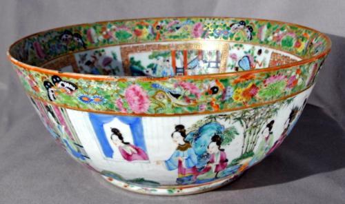 19th Century Chinese Export Rose Mandarin porcelain bowl c1820