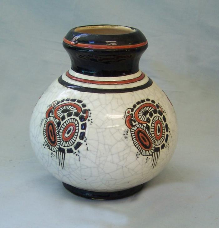 Boch Freres La Maitrise art pottery vase