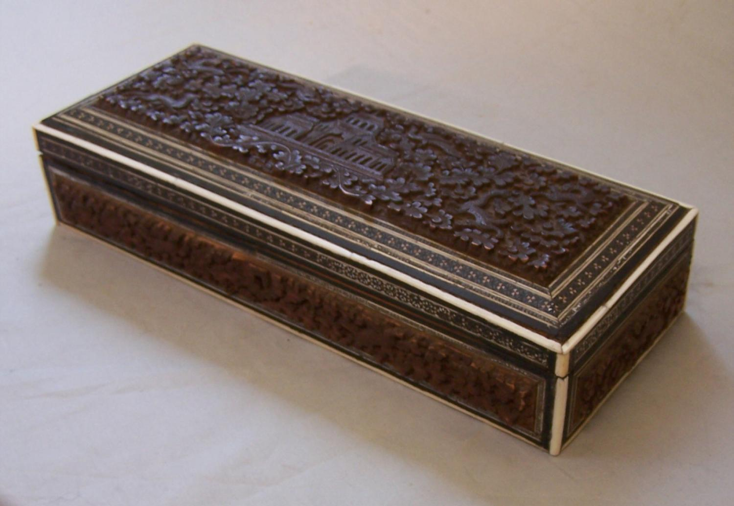 Antique Anglo India sandalwood glove box c1855