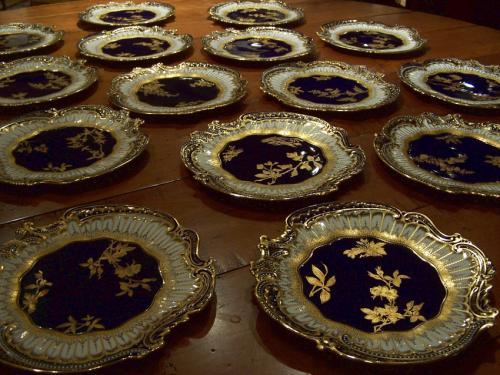 Set of 18 cobalt and gold Copeland porcelain plates dated 1891