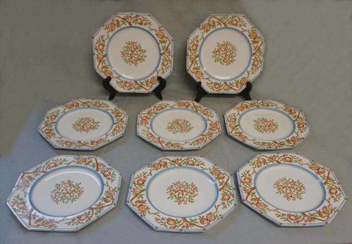 Original Set of 8 antique Wedgwood porcelain fruit plates
