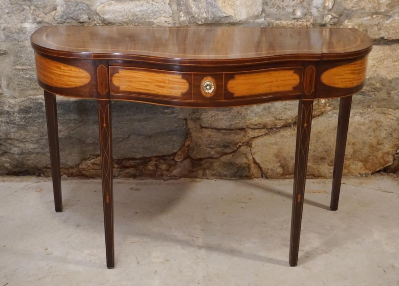 Kindel Winterthur Collection Federal mahogany server