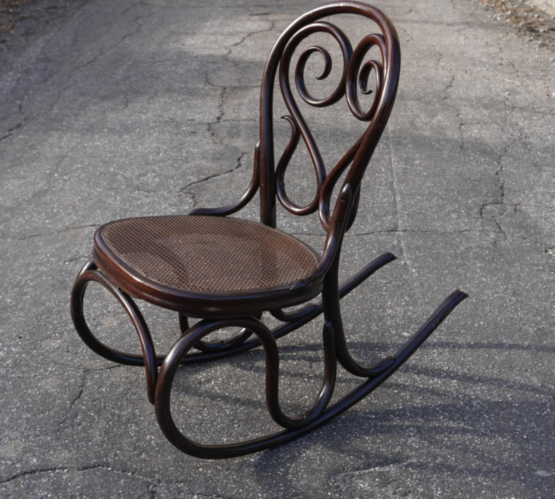 rare antique thonet bentwood rocker c1904. Black Bedroom Furniture Sets. Home Design Ideas