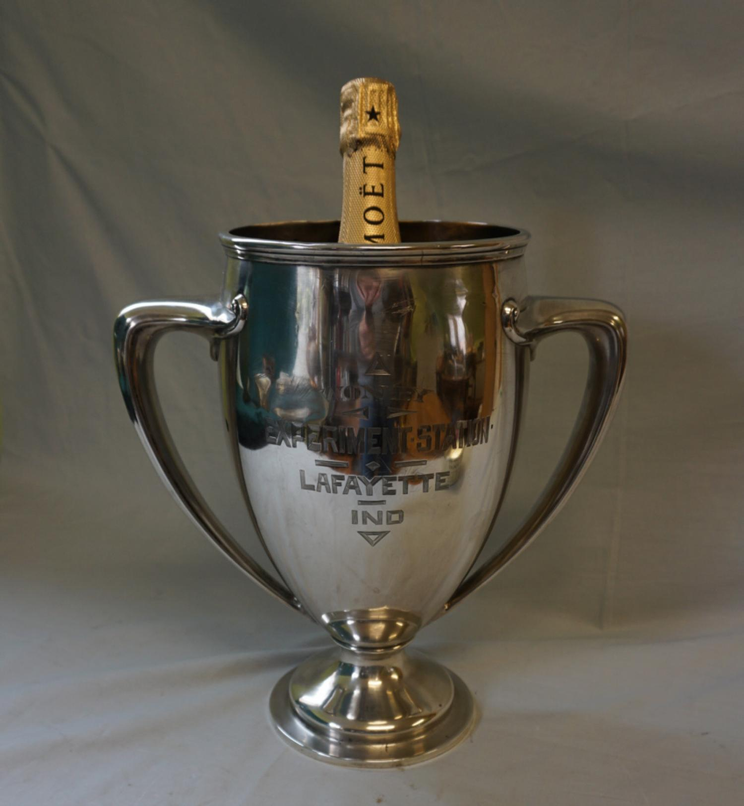 Live Stock Exhibition Short Fed Cattle sterling silver trophy 1907