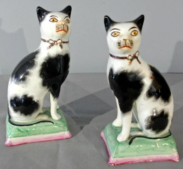 Antique Pair English Staffordshire Hand Painted Ceramic Cats