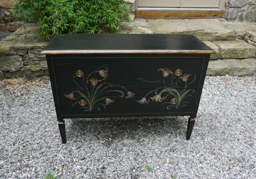 Vintage Louis XVI style hand painted dresser 20thc