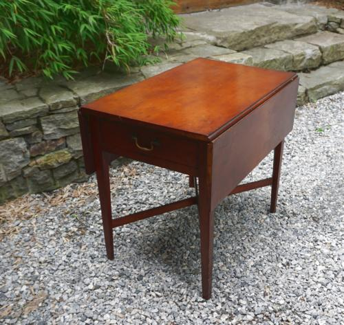 18thc Connecticut River Valley cherry Pembroke table
