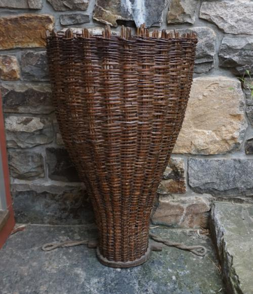 19thc French willow grape harvesting basket