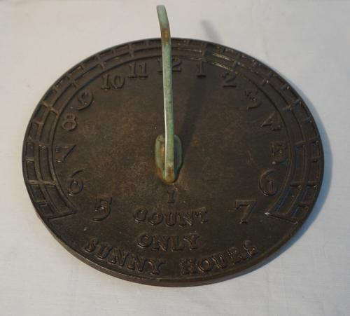 Virginia Metalcrafters cast iron sundial in green paint