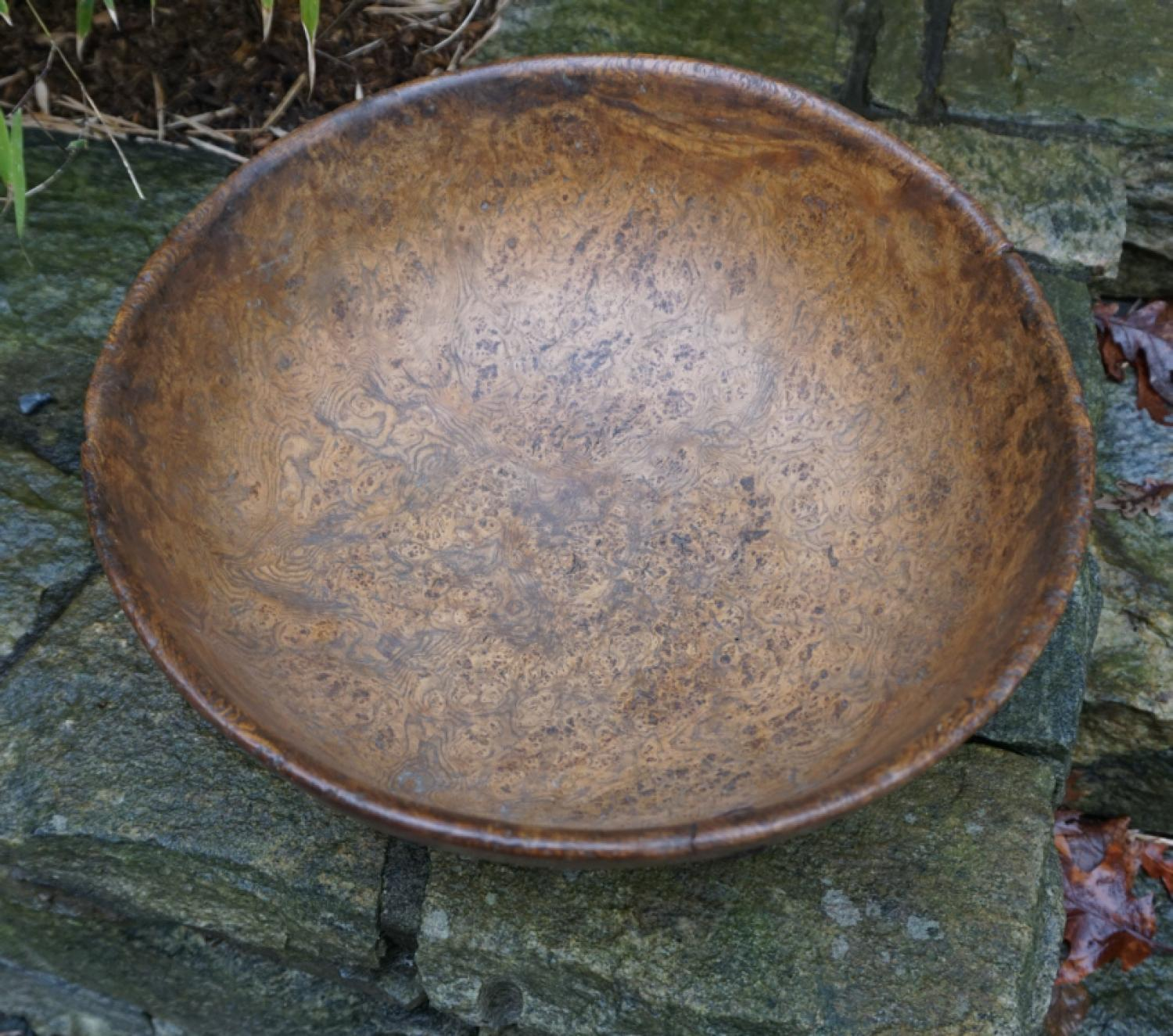 Early American burl bowl c1800