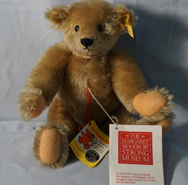Vintage Steiff mohair teddy bear