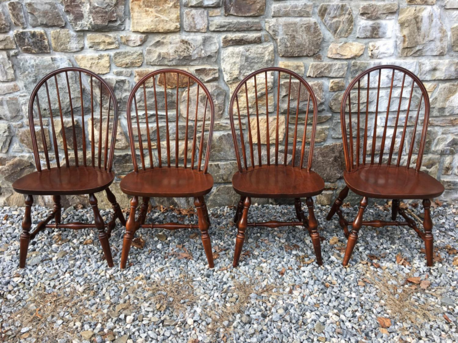 Set of 4 Hitchcock bow back Windsor style chairs