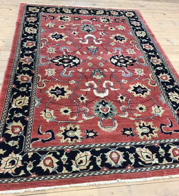 Vintage Heriz wool carpet living dining room