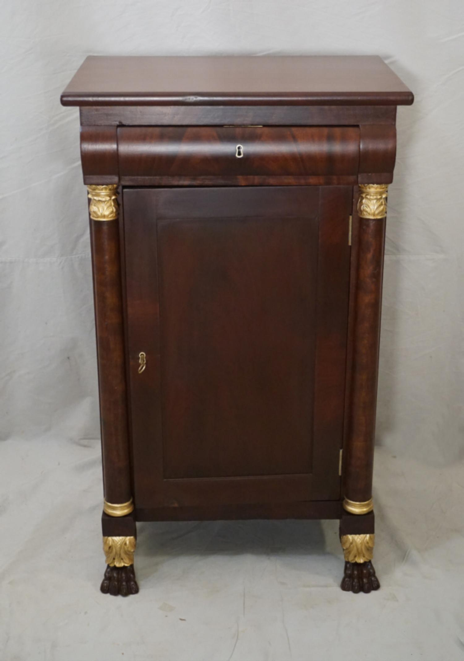 American Federal bedside stand c1825