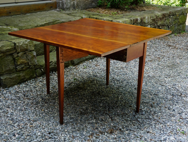 New England cherry drop leaf table c1810