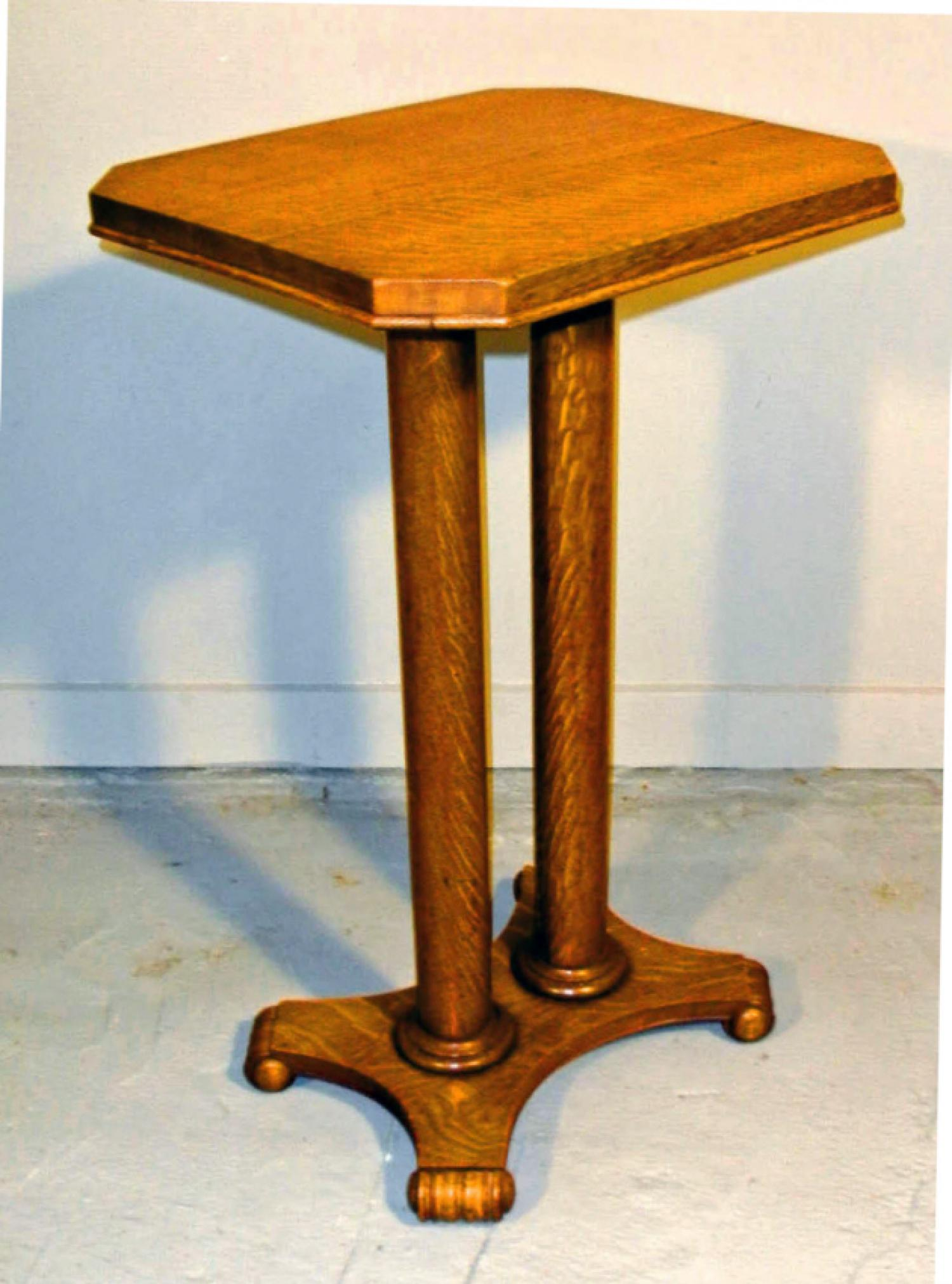 American Arts and Crafts oak pedestal or table