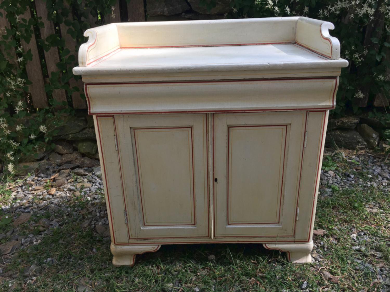 Maine painted pine wash stand c1825