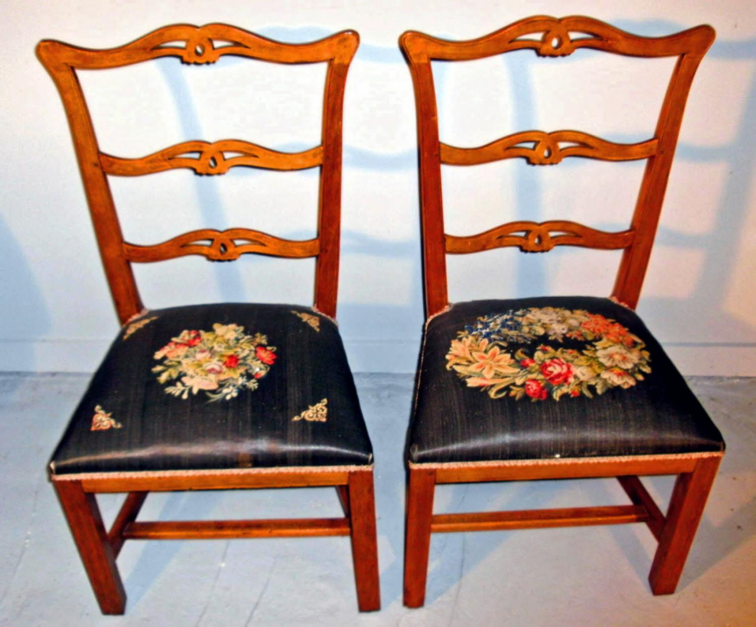 Pair of Connecticut Chippendale ribbon back dining chairs c1770