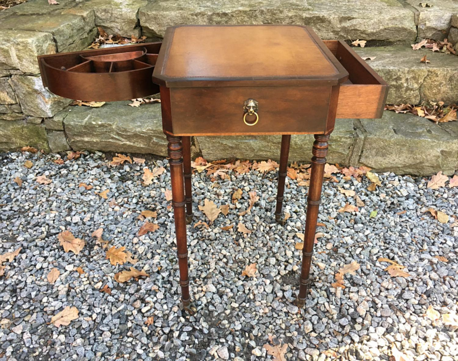 Beacon Hill Collection Georgian lamp table